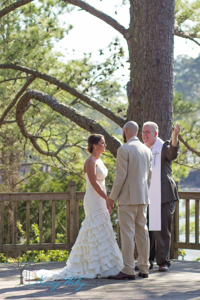 Yellow_and_Peach_Virginia_Beach_Wedding_Photographer_10
