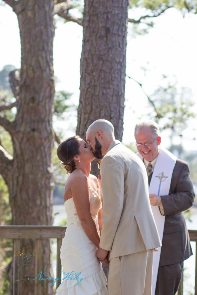 Yellow_and_Peach_Virginia_Beach_Wedding_Photographer_13