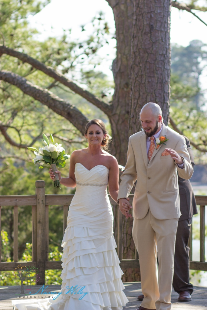 Yellow_and_Peach_Virginia_Beach_Wedding_Photographer_14