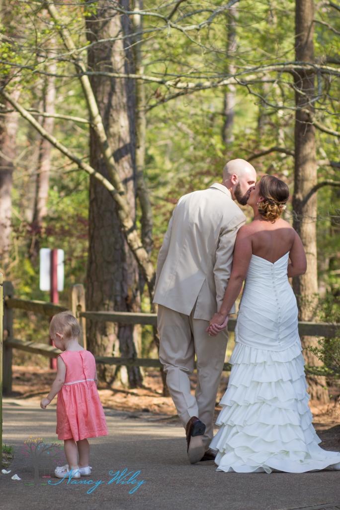 Yellow_and_Peach_Virginia_Beach_Wedding_Photographer_17