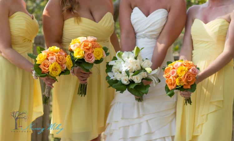 Yellow_and_Peach_Virginia_Beach_Wedding_Photographer_22