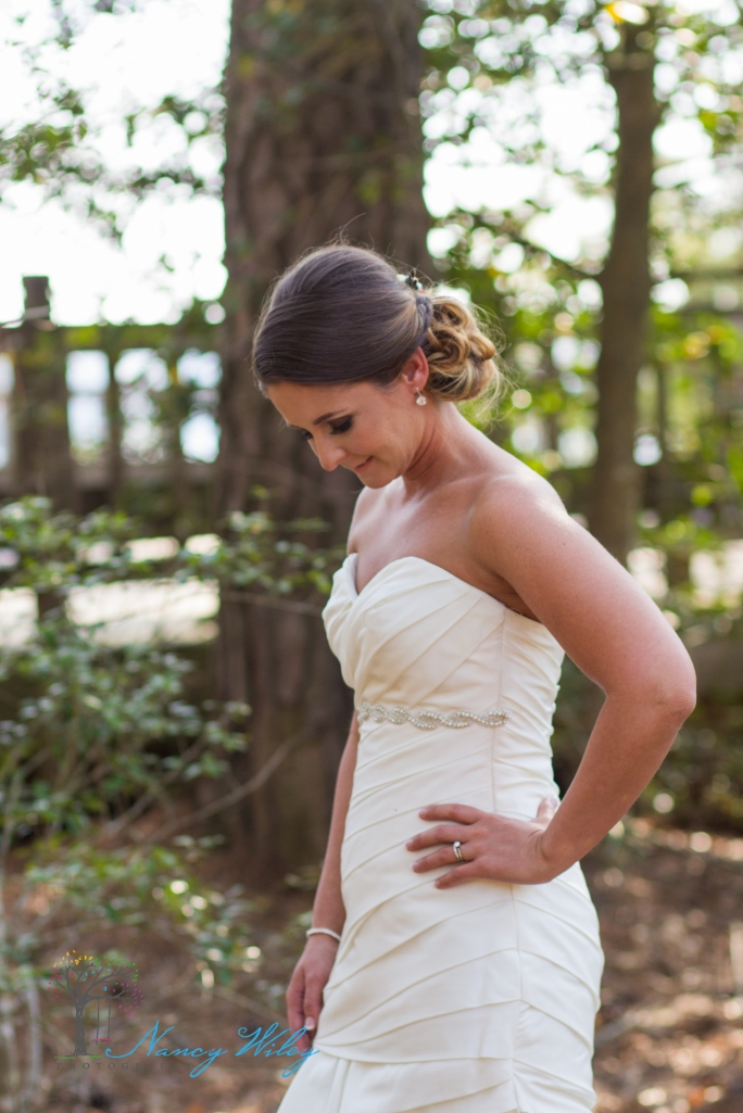 Yellow_and_Peach_Virginia_Beach_Wedding_Photographer_24
