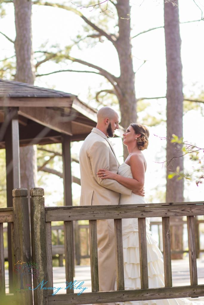 Yellow_and_Peach_Virginia_Beach_Wedding_Photographer_31