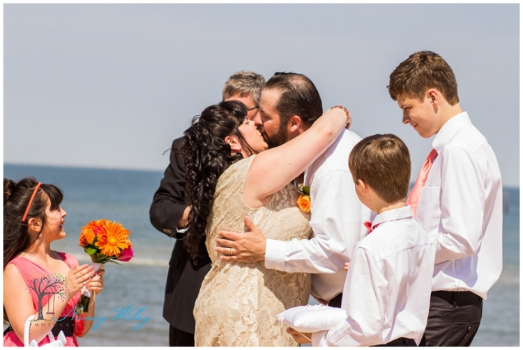 Coral_Tan_Virginia_Beach_Wedding_Photographer_0013.jpg
