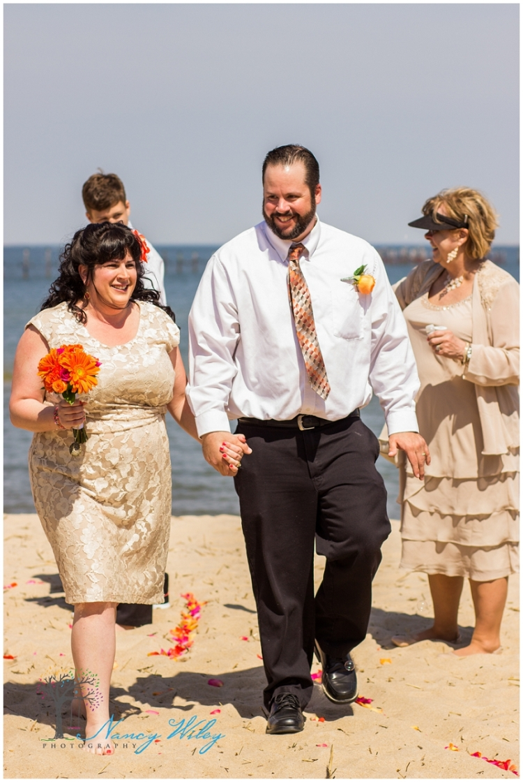 Coral_Tan_Virginia_Beach_Wedding_Photographer_0017.jpg