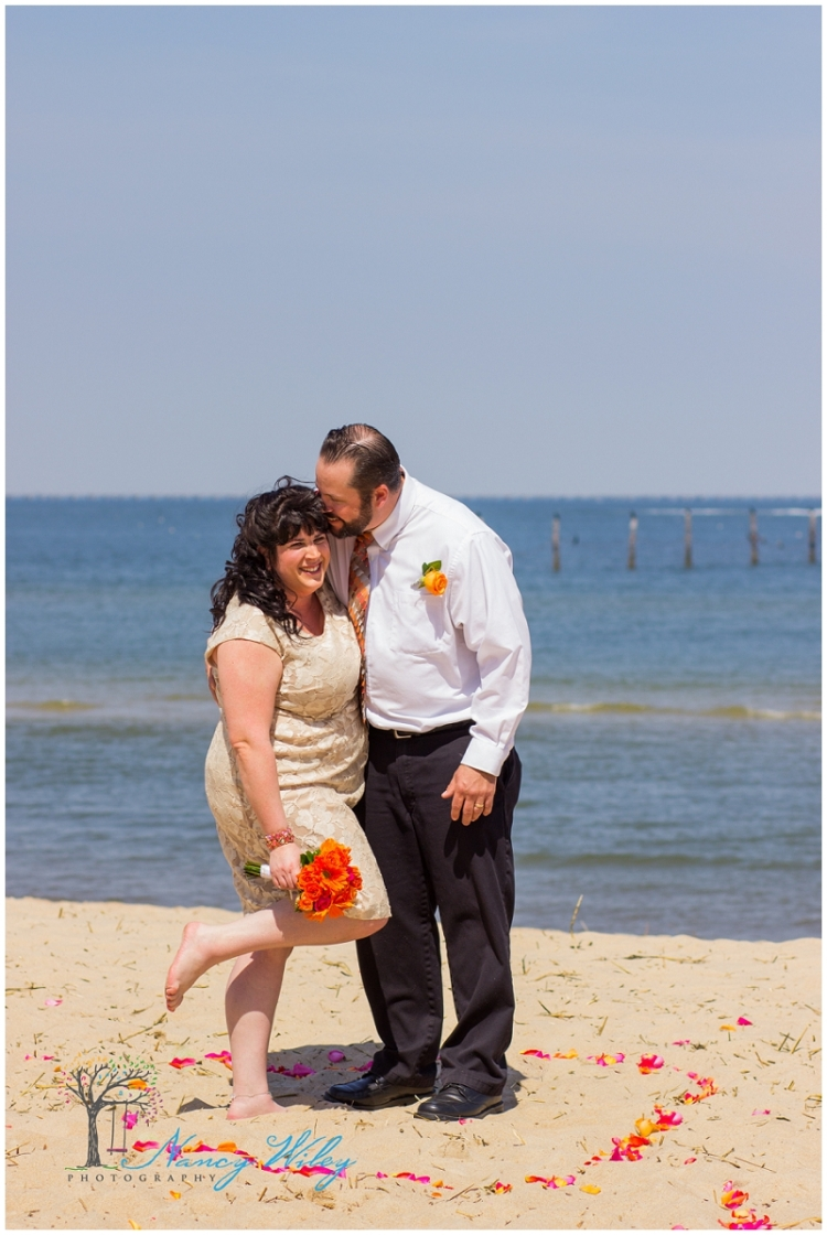 Coral_Tan_Virginia_Beach_Wedding_Photographer_0022.jpg