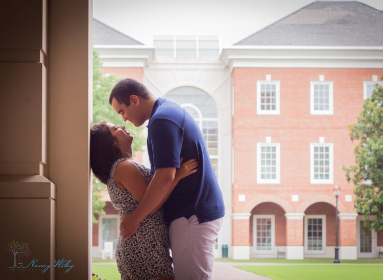 Chelsea_John_VA_Beach_Engagement_Photographer-11
