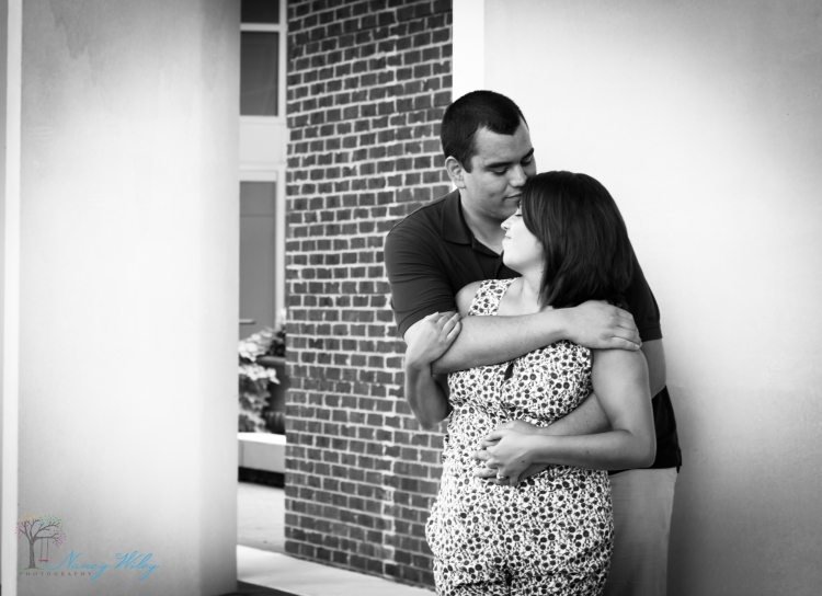 Chelsea_John_VA_Beach_Engagement_Photographer-21