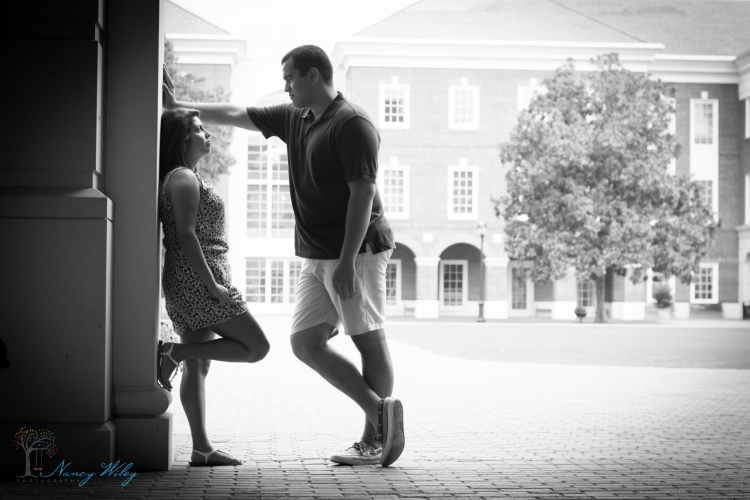 Chelsea_John_VA_Beach_Engagement_Photographer-8