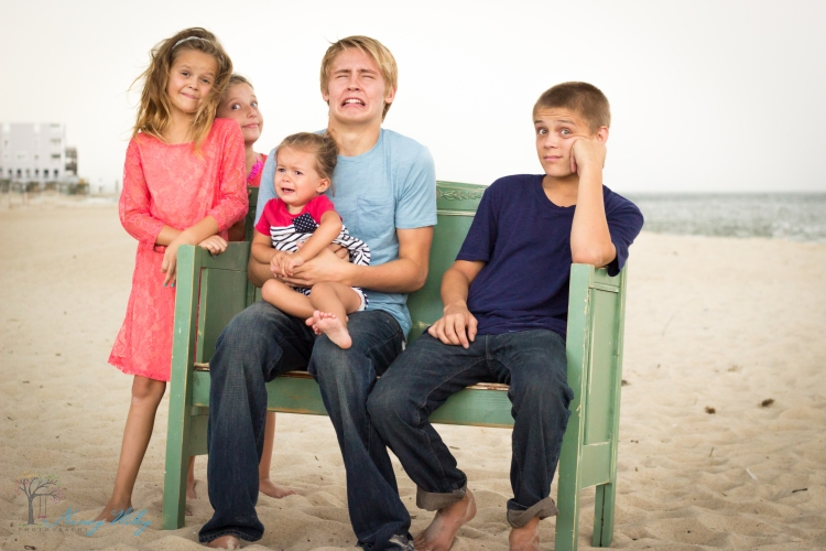 Tyler_VA_Beach_Family_Photographer-18