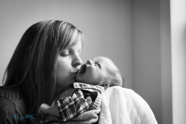 Daugherty_VA_Beach_Newborn_Photographer-23