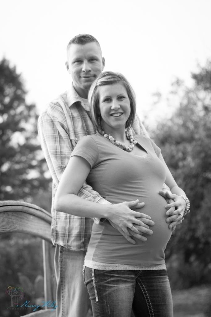 Vann_VA_Beach_Maternity_Photographer-13