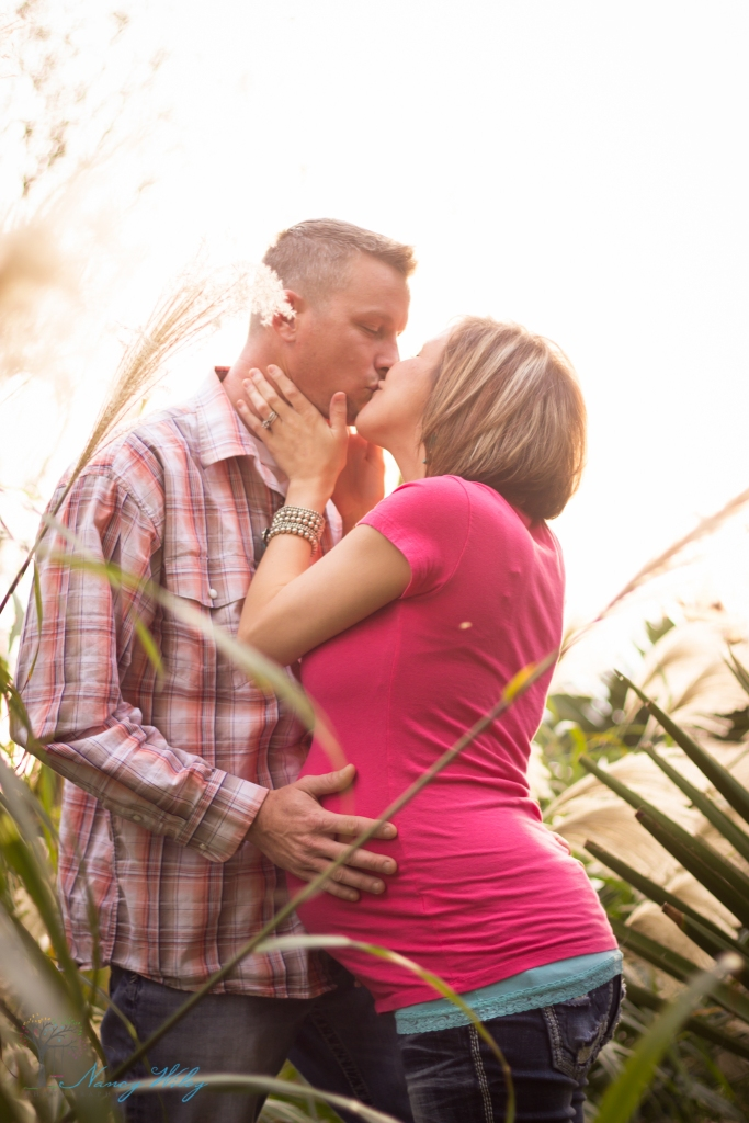 Vann_VA_Beach_Maternity_Photographer-28