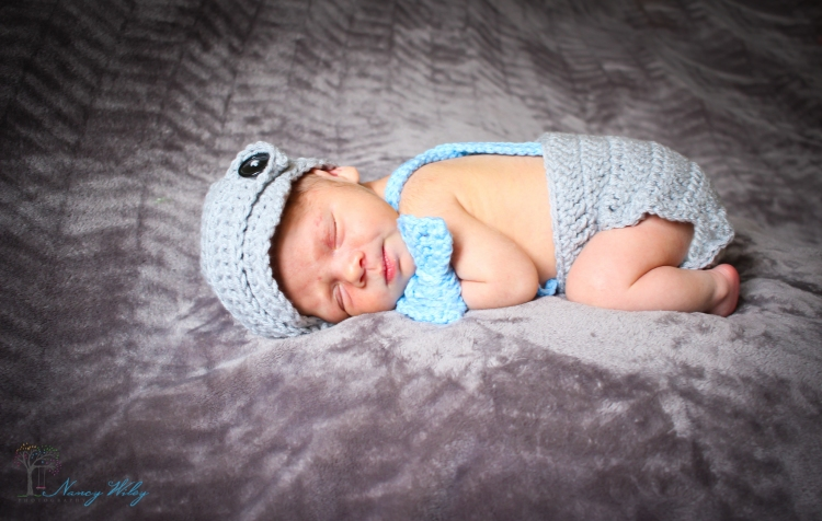 Kai_VA_Beach_Newborn_Photographer-12