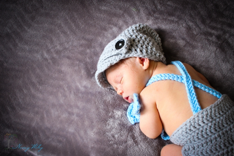 Kai_VA_Beach_Newborn_Photographer-13