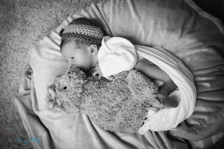 LukeJonah_VA_Beach_Newborn_Photographer-19