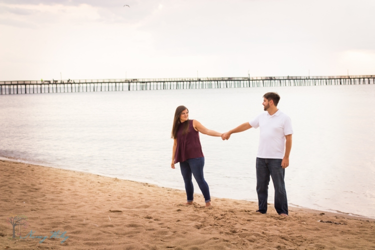 Katie_Frank_Virginia_Beach_Engagement_Photographer-11