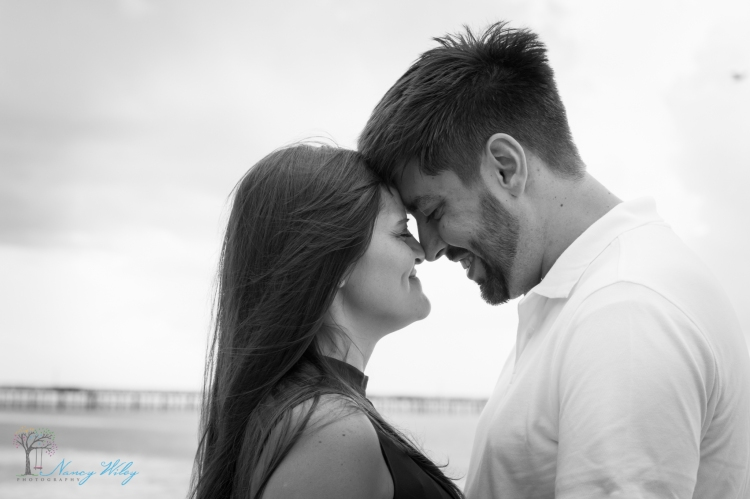 Katie_Frank_Virginia_Beach_Engagement_Photographer-19