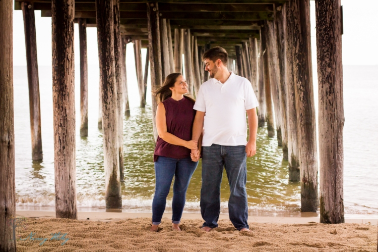 Katie_Frank_Virginia_Beach_Engagement_Photographer-23