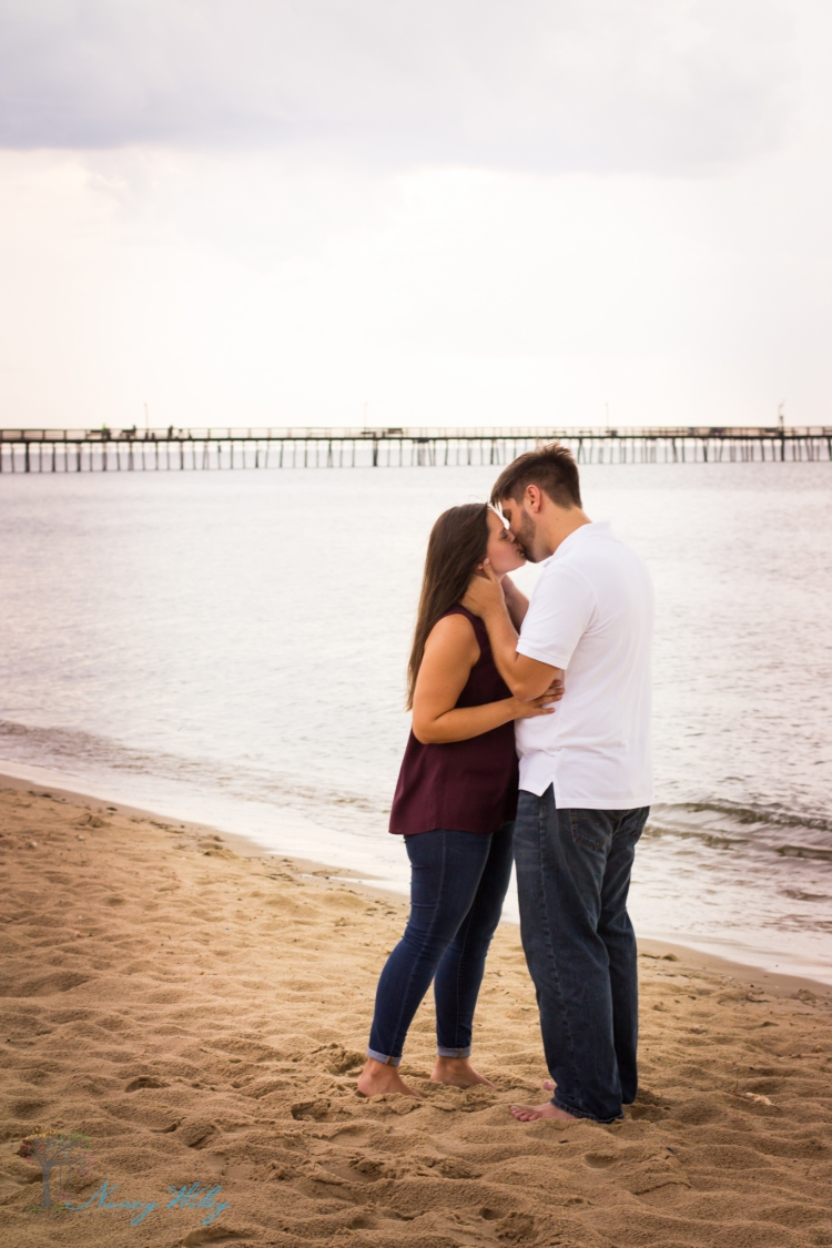 Katie_Frank_Virginia_Beach_Engagement_Photographer-3