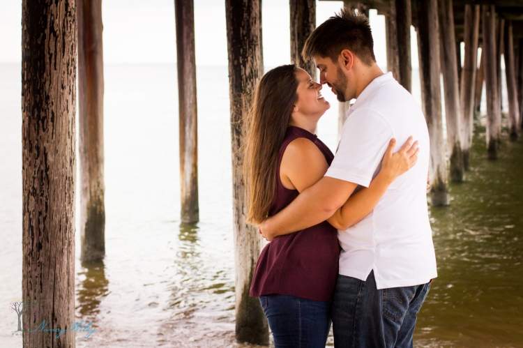 Katie_Frank_Virginia_Beach_Engagement_Photographer-32